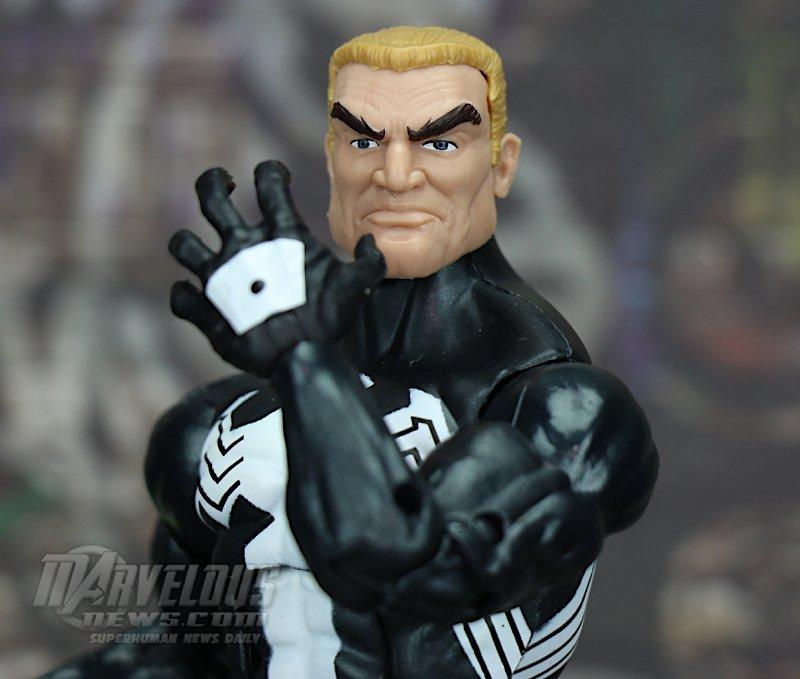 Marvel-Legends-Venom-Wave-Venom-And-Spider-Ham02.jpg