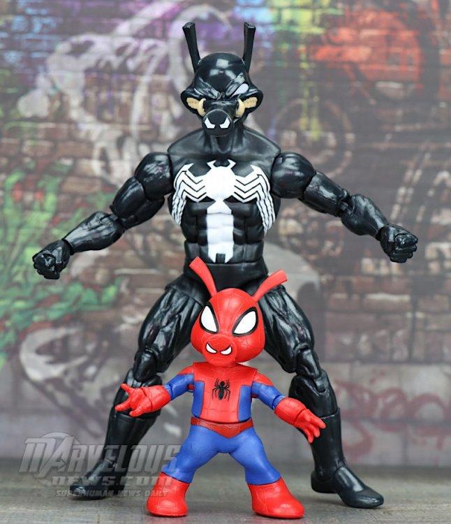 Marvel-Legends-Venom-Wave-Venom-And-Spider-Ham71.jpg