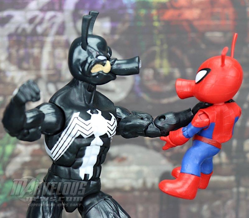 Marvel-Legends-Venom-Wave-Venom-And-Spider-Ham76.jpg