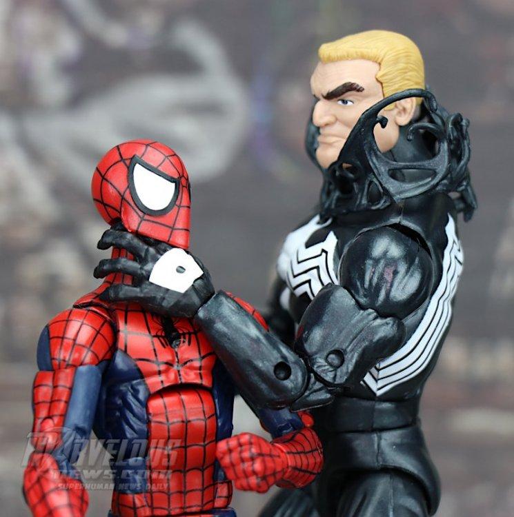 Marvel-Legends-Venom-Wave-Venom-And-Spider-Ham83.jpg