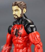 Marvel-Legends-House-Of-M-Spider-Man-And-Scarlet-Spider 29.jpg