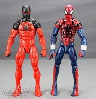 Marvel-Legends-House-Of-M-Spider-Man-And-Scarlet-Spider 35.jpg