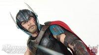 Hot-Toys-Thor-Ragnarok-Deluxe-Figure13.jpg