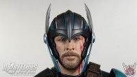 Hot-Toys-Thor-Ragnarok-Deluxe-Figure32.jpg