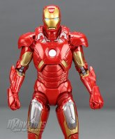 Marvel-Legends-MCU-10th-Anniversary-Iron-Man-Mark-VII14.jpg