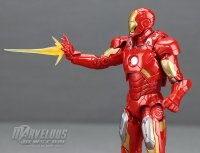 Marvel-Legends-MCU-10th-Anniversary-Iron-Man-Mark-VII15.jpg