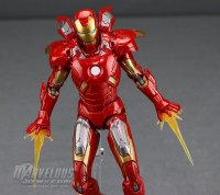 Marvel-Legends-MCU-10th-Anniversary-Iron-Man-Mark-VII21.jpg
