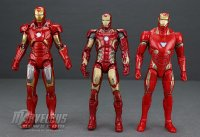 Marvel-Legends-MCU-10th-Anniversary-Iron-Man-Mark-VII26.jpg