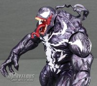 Marvel-Legends-Poison-Monster-Venom09.jpg