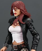 Marvel-Legends-Typhoid-Mary11.jpg