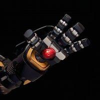 ReEdit-Black-And-Gold-Hulkbuster-08.jpg