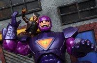 Marvel-Legends-Days-Of-Future-Past-Sentinel-01.jpg
