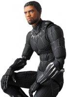 MAFEX-Black-Panther-02.jpg