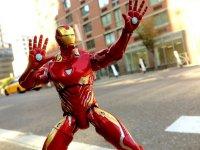 Marvel-Select-Avengers-Infinity-War-Iron-Man04.jpg