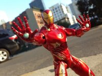 Marvel-Select-Avengers-Infinity-War-Iron-Man06.jpg