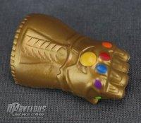 Marvel-Toybox-Thanos-Figure14.jpg