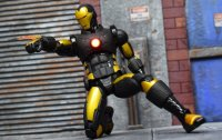One-12-LA-Comic-Con-Iron-Man-02.jpg