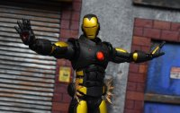 One-12-LA-Comic-Con-Iron-Man-13.jpg