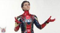 Hot-Toys-Iron-Spider-25.JPG