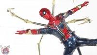 Hot-Toys-Iron-Spider-40.JPG