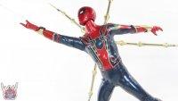 Hot-Toys-Iron-Spider-43.JPG