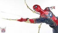 Hot-Toys-Iron-Spider-45.JPG