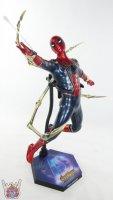 Hot-Toys-Iron-Spider-46.JPG