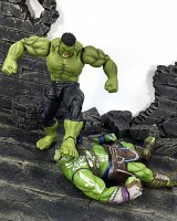One-12-Collective-Gladiator-Hulk-19.JPG