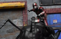 SH-Figuarts-Ant-Man-With-Ant-04.jpg