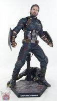 Hot-Toys-Avengers-Infinity-War-Captain-America-34.JPG