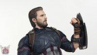 Hot-Toys-Avengers-Infinity-War-Captain-America-39.JPG