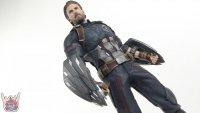 Hot-Toys-Avengers-Infinity-War-Captain-America-43.JPG