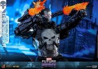 Hot-Toys-Punisher-War-Machine-08.jpg