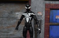 Marvel-Legends-Black-Symbiote-Spiderman-01.jpg