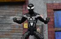 Marvel-Legends-Black-Symbiote-Spiderman-04.jpg