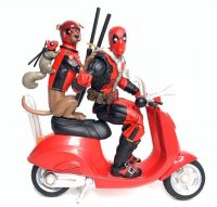 Marvel-Legends-Deluxe-Deadpool-And-Professor-X02.jpg