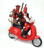 Marvel-Legends-Deluxe-Deadpool-And-Professor-X07.jpg