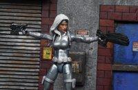 Marvel-Legends-Silver-Sable-03.jpg