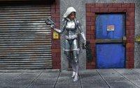 Marvel-Legends-Silver-Sable-04.jpg