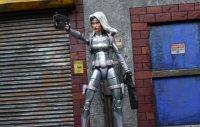 Marvel-Legends-Silver-Sable-05.jpg