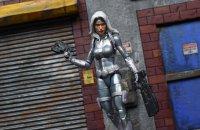 Marvel-Legends-Silver-Sable-07.jpg