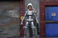 Marvel-Legends-Silver-Sable-08.jpg