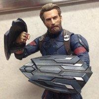 Marvel-Select-Infinity-War-Captain-America-01.jpg
