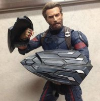 Marvel-Select-Infinity-War-Captain-America-02.jpg