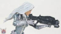 Silver-Sable-Marvel-Legends-03.JPG