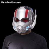 Marvel Legends Series Ant-Man Electronic Helmet oop (3).jpg