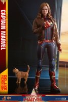 Hot-Toys-Captain-Marvel-01.jpg