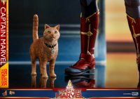 Hot-Toys-Captain-Marvel-03.jpg