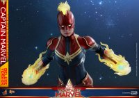 Hot-Toys-Captain-Marvel-04.jpg