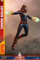 Hot-Toys-Captain-Marvel-08.jpg